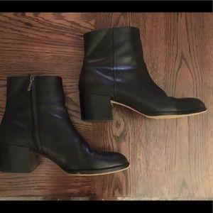 Sam Edelman Joey black leather heel ankle boots